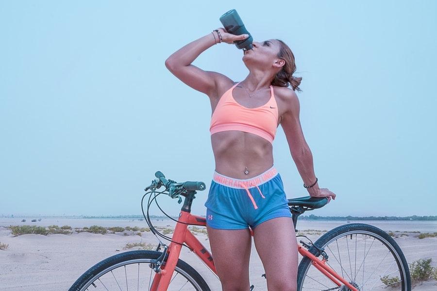 Bere acqua aumenterà il tuo metabolismo?